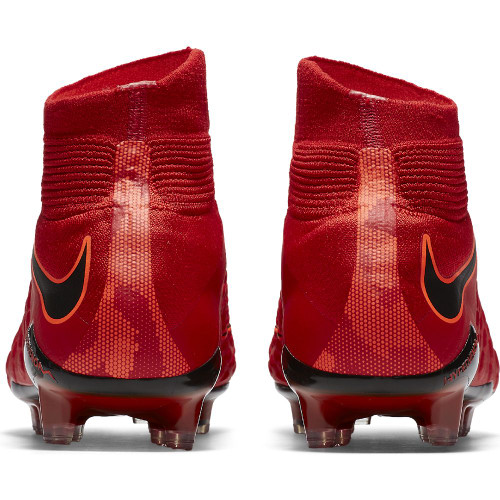 Nike Hypervenom Phantom III Dynamic Fit Firm Ground Boot - University Red/Black-Bright Crimson