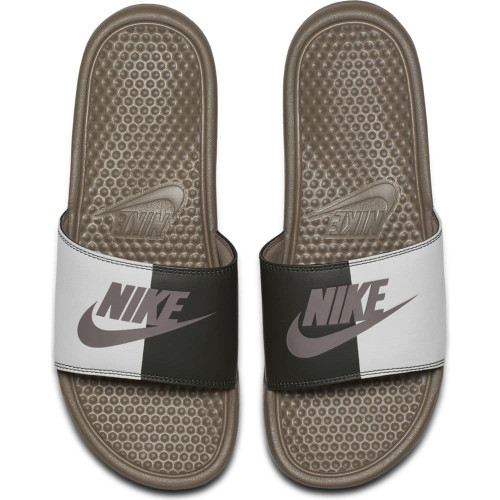0f72fdaa3017 Nike Benassi