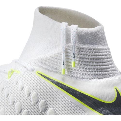 Nike Phantom 3 Elite Dynamic Fit Artificial Turf Boot Pro - White