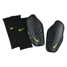 Nike Attack Premium Shinguard