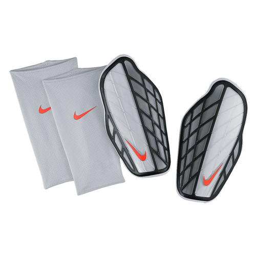 Nike Attack Premium Guard